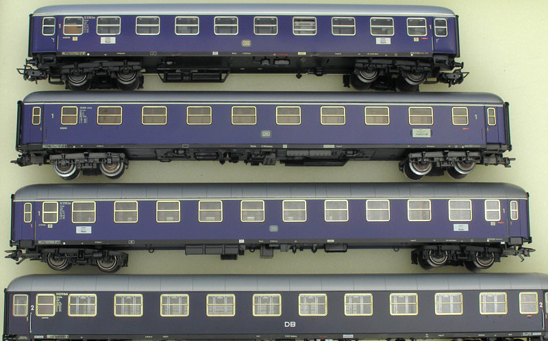 Four Am/Aüm coaches