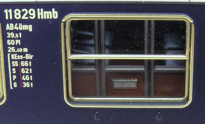 Roco 1:87 (30.3 cm)